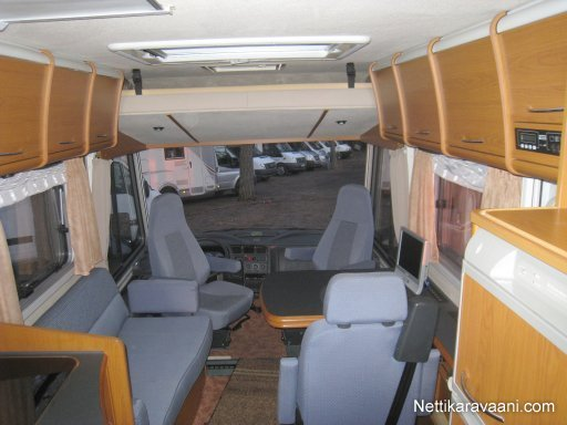 niesmann bischoff flair 7100 i ta fiat ducato maxi 2 8 jtd 2004 travel truck intergrated. Black Bedroom Furniture Sets. Home Design Ideas
