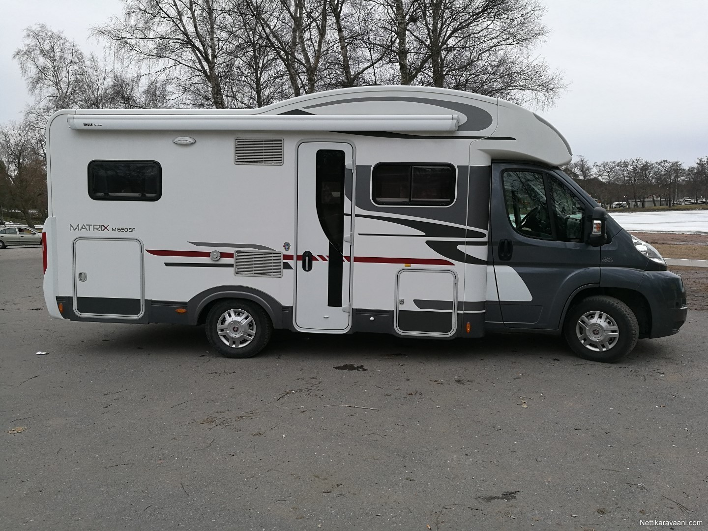 Adria Matrix Sf 650 Fiat 2013 Travel Truck Semi