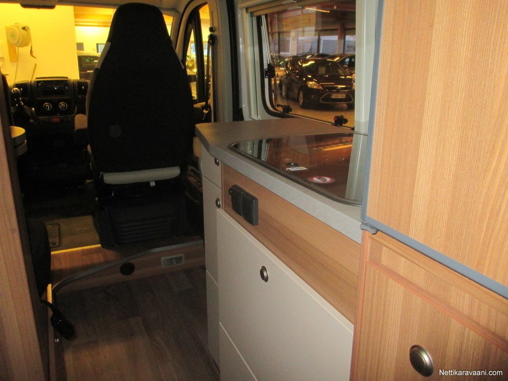weinsberg carabus 601 mq fire edition fiat 2 3 m jet. Black Bedroom Furniture Sets. Home Design Ideas