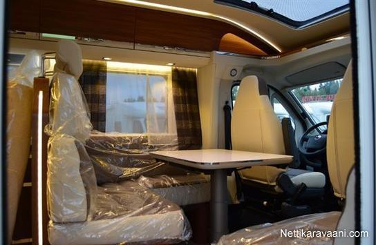 adria coral s 670 sl platinum fiat fiat 2 3 jtd 150. Black Bedroom Furniture Sets. Home Design Ideas