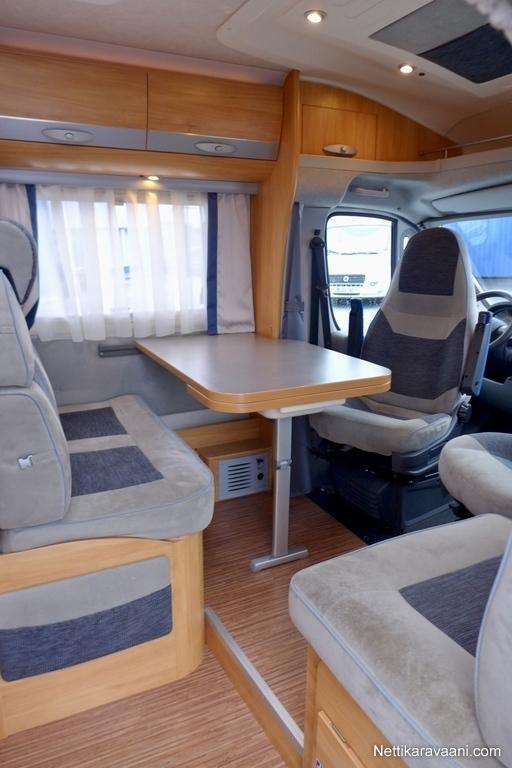 adria coral s 670 sl fiat 3 0 multijet 160 automaatti. Black Bedroom Furniture Sets. Home Design Ideas